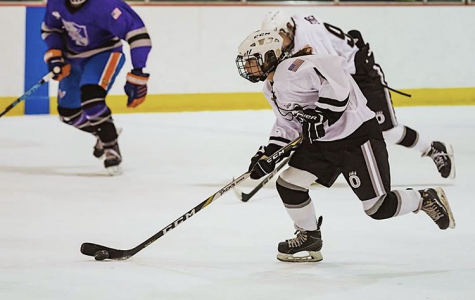 Girls Oakdale Ice hockey