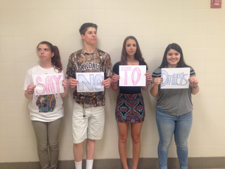 OHS students (from left) Juniors Gabby Redpath, Tony Bianchini, Claire Snyder, and Emily Jerez encourage all teens to