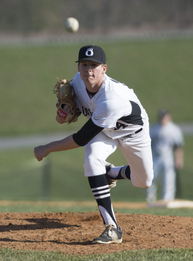 Oakdale Baseball Continues to Battle