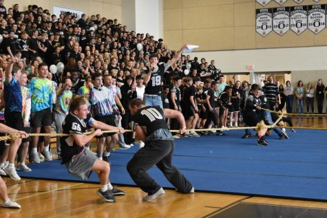 Students had a great time cheering on the grades during the tug of war contest during Fridays pep rally.