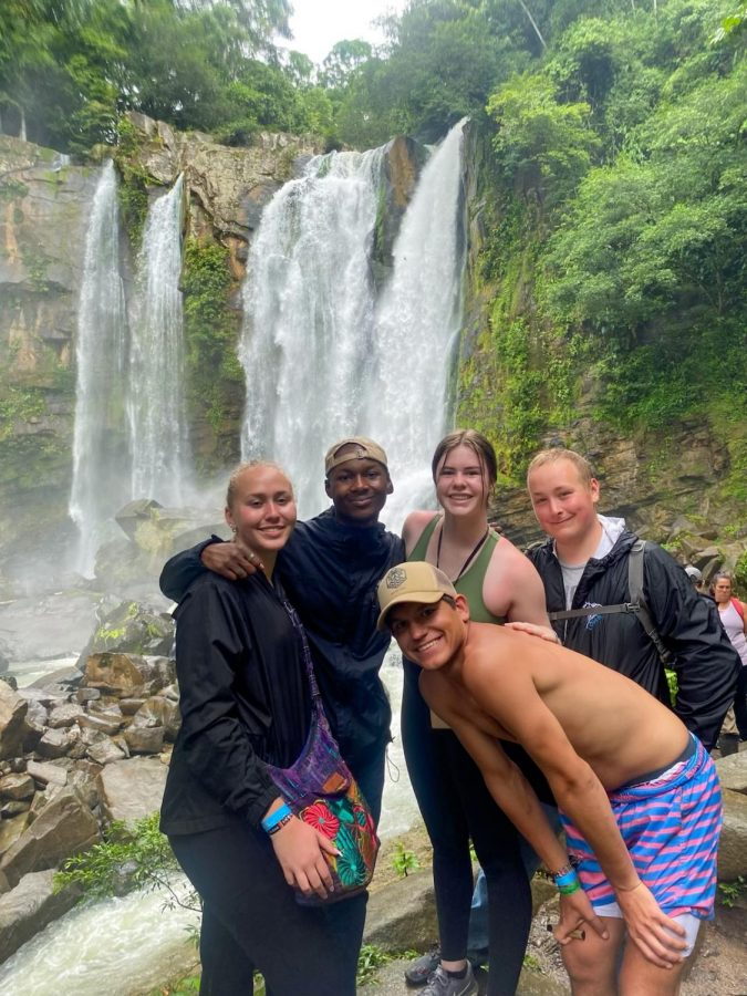 The travel club in Costa Rica in the summer of 2021. (Bryleigh Foreman (far left), Tamir Shahid(left middle), Paige Smith(right middle), Louis(far right), Val Hoffman (on bottom))