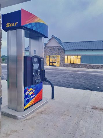 Lake Linganore starts the building of the 7/11 gas station.